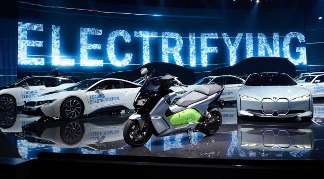 Electric Vehicles It Is Likely We Will See A Decrease In Price Within The Next Five To Ten Years This Means Age Of Has Arrived